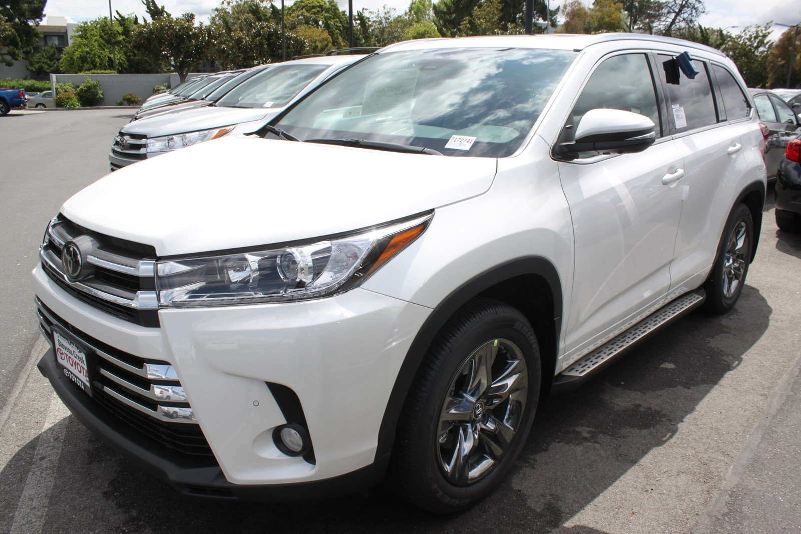 new 2017 toyota highlander limited platinum sport utility in san jose t172741 stevens creek. Black Bedroom Furniture Sets. Home Design Ideas